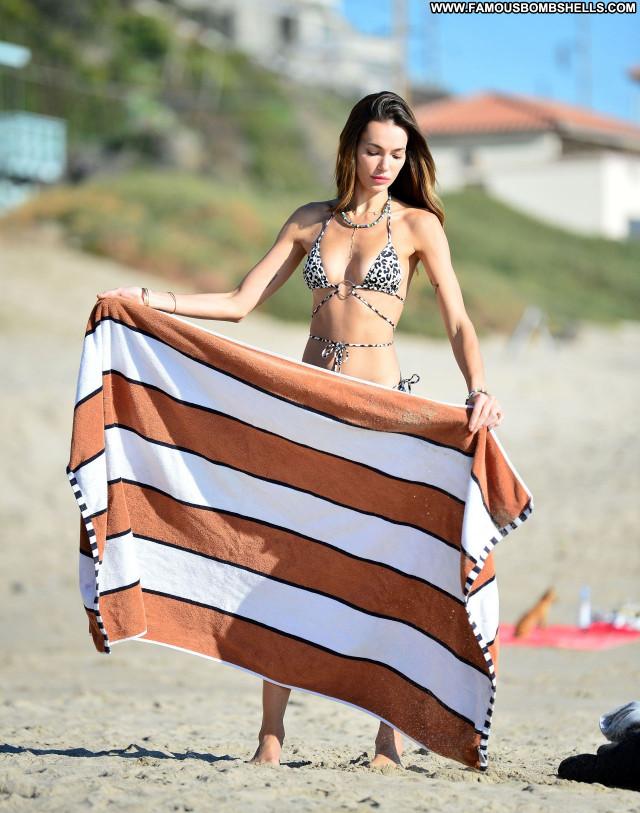 Marianne Fonseca No Source  Beautiful Posing Hot Babe Sexy Celebrity