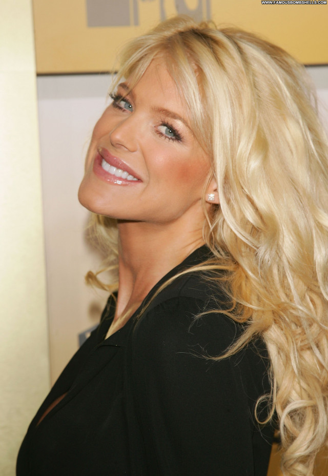Victoria Silvstedt No Source Celebrity Babe Beautiful Asian Posing Hot