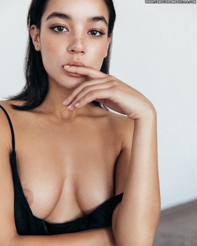 Tashi Rodriguez Jordan Green Photo Shoot Bikini Big Tits Jordan Photo